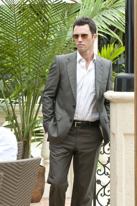 Jeffrey Donovan - Photo Set